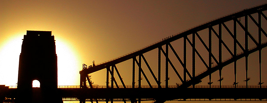 Sunset at Sydney Harbour Bridge: click for previous image