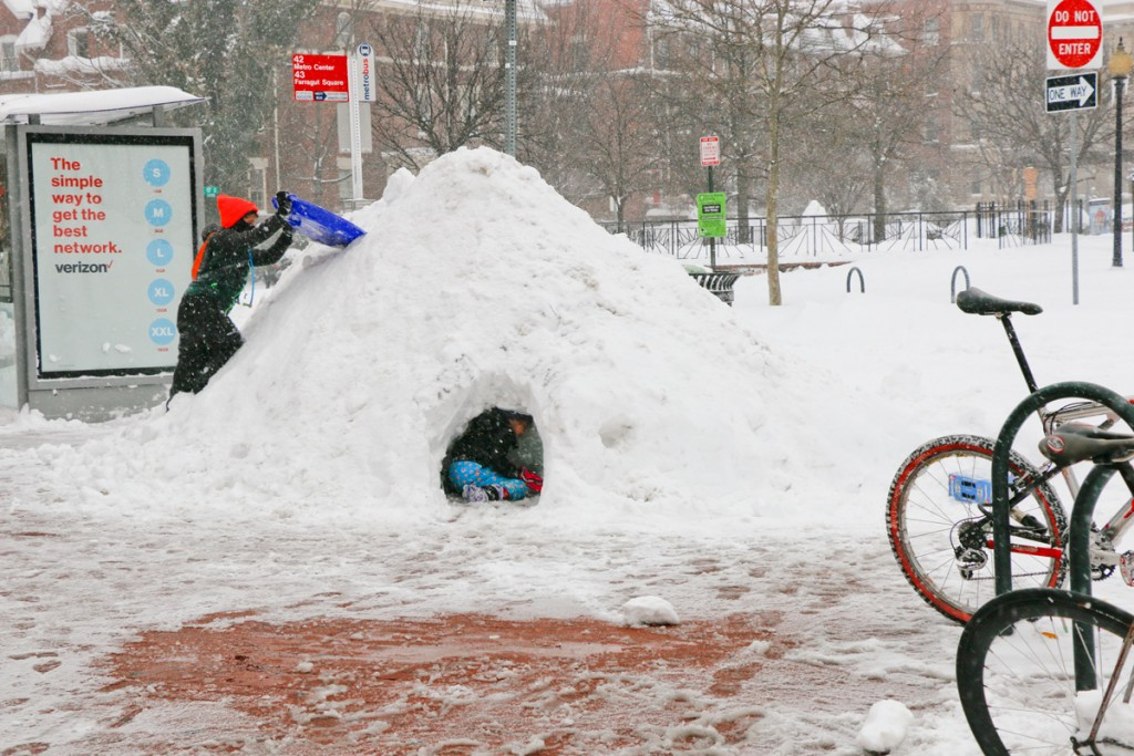 Temporary igloo