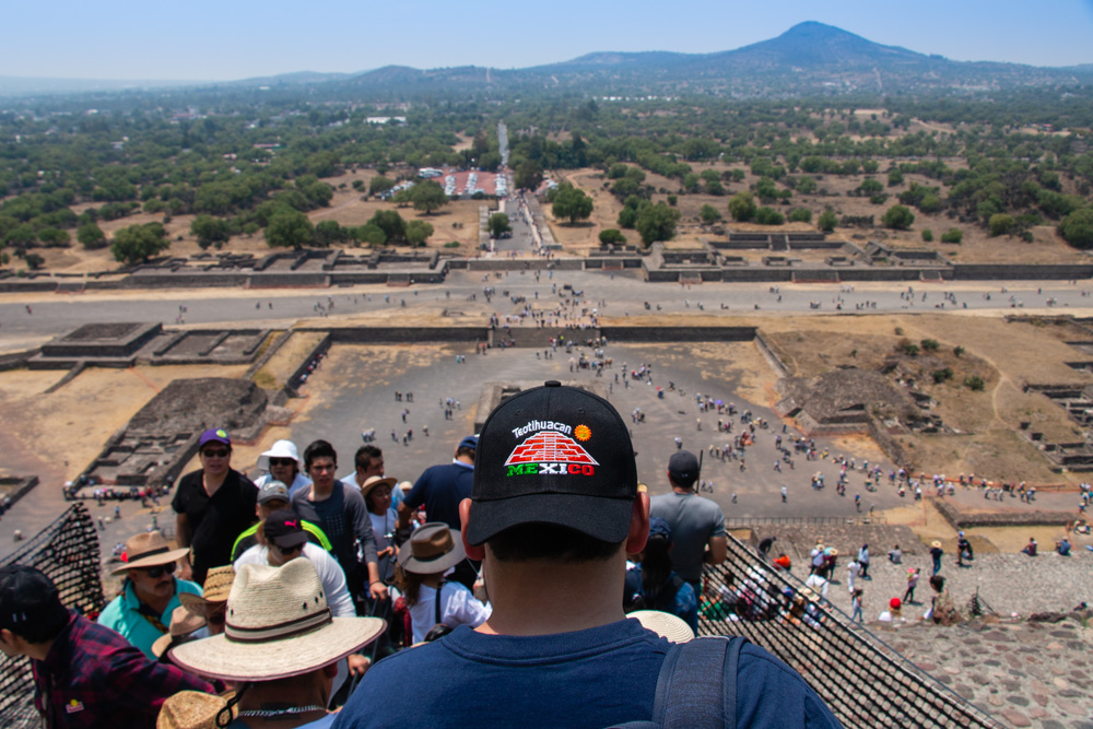 Getting down from Pyramid of the Sun