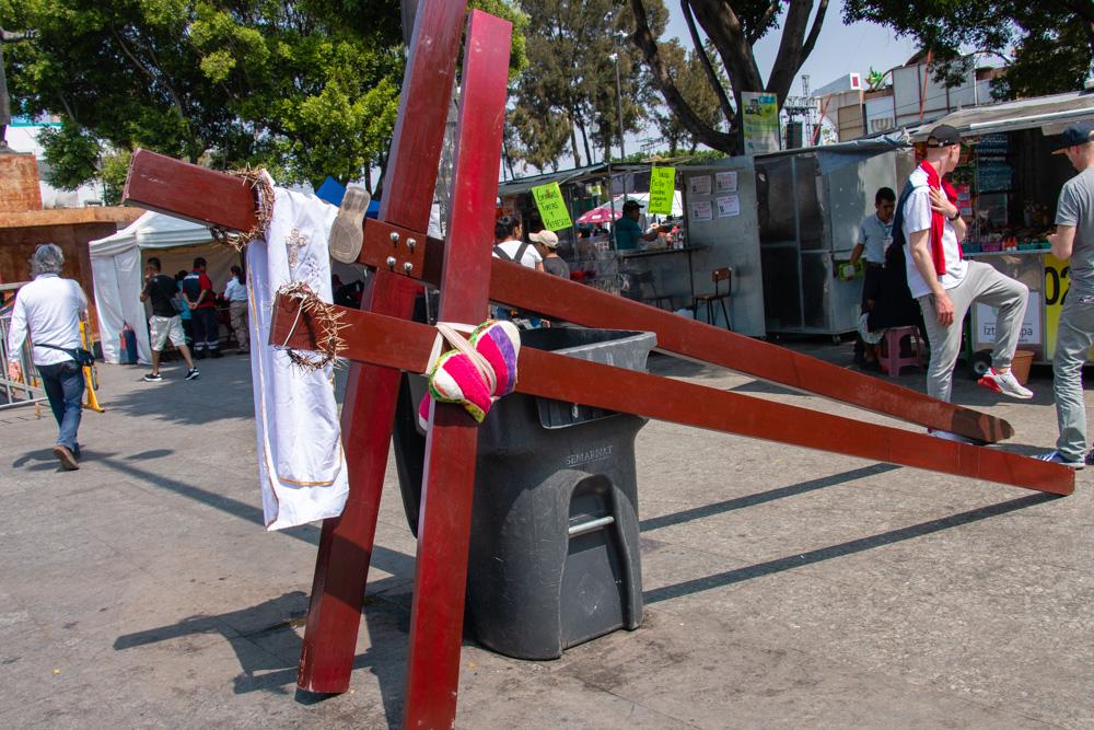 Crosses on a Break
